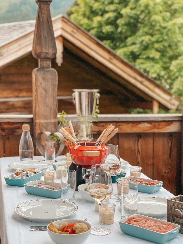 Dinner Wellnessbereich Frühstück Chalet PURADIES